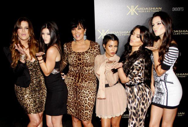 Top Celebrity Gossip, Celebrity Fashion, Lifestyle, Entertainment Websites in the World- Best Showbiz and Celebrity Gossip Blogs